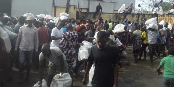 Miscreants Attack Warehouse, Loot COVID-19 Palliatives in Lagos